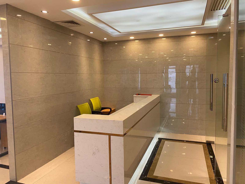 万达广场 西北江景房 精装带家具 4+1格局 拎包即可办公