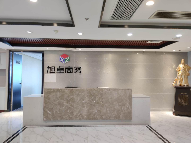 开福区湘江中路万达广场电梯口428平精装带办公家具