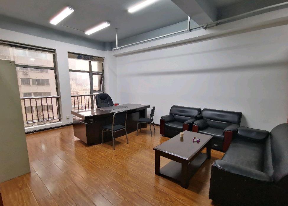 定王大厦小面积写字楼出租  精装带家具