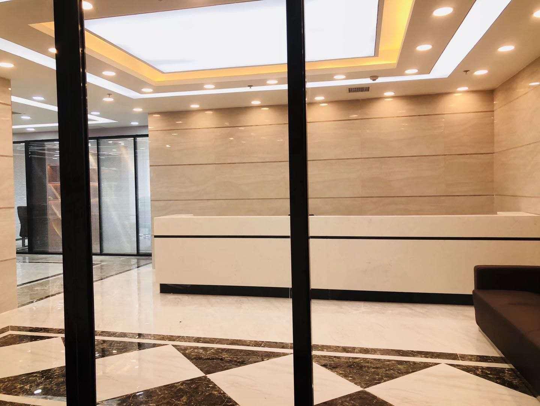 地铁口(无中介费)5A 保利国际  356平 豪装带家具