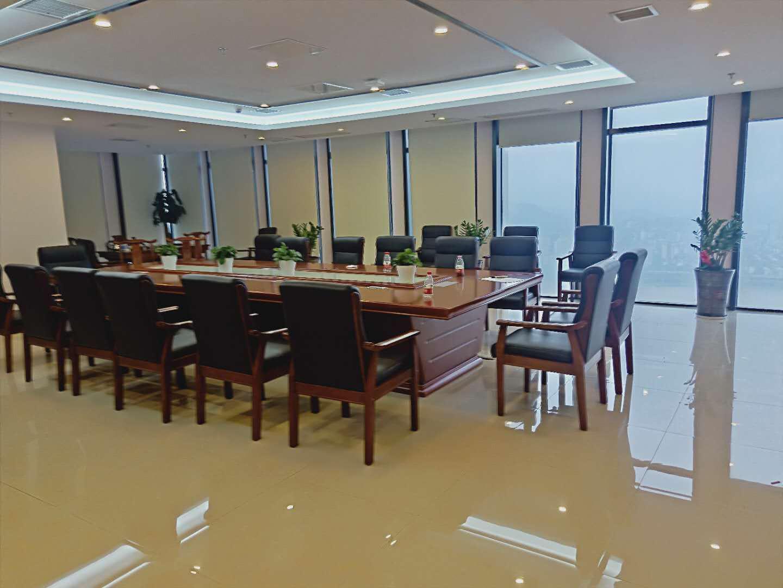 集团首选 高层 万达广场2000㎡ 写字楼带办公家具出租